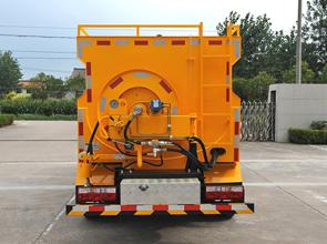 浅析道路高压清洗车的充电方法介绍!